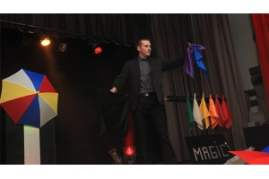 spectacle magie magic rainbow magicanim
